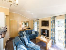 Forest Pines Lodge - Lake District - 1068844 - thumbnail photo 3