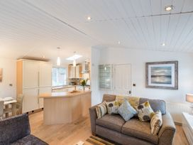 Broad Larch Lodge - Lake District - 1068846 - thumbnail photo 3