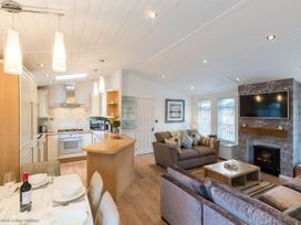Broad Larch Lodge - Lake District - 1068846 - thumbnail photo 5
