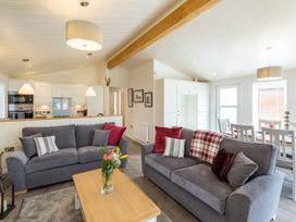 Marina View Lodge - Lake District - 1068849 - thumbnail photo 2