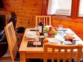 Beckside Rest Lodge - Lake District - 1068899 - thumbnail photo 5