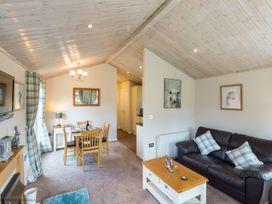 Fellside Retreat Lodge - Lake District - 1068904 - thumbnail photo 3