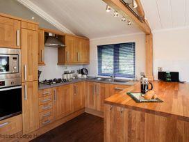 Limefitt View Lodge - Lake District - 1068913 - thumbnail photo 4