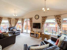 Hideaway Lodge - Lake District - 1068925 - thumbnail photo 1