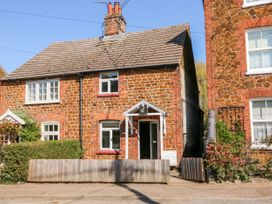 Curlew Cottage - Norfolk - 1068984 - thumbnail photo 2