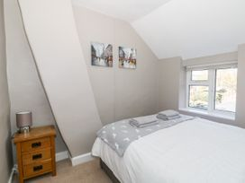 Curlew Cottage - Norfolk - 1068984 - thumbnail photo 19