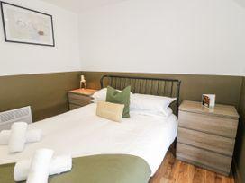 Apartment 2 - North Wales - 1069081 - thumbnail photo 14