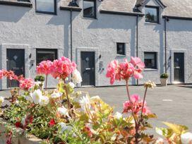Apartment 2 - North Wales - 1069081 - thumbnail photo 2