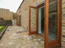 The Granary, Burton Bradstock - Dorset - 1069147 - thumbnail photo 22