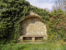The Granary, Burton Bradstock - Dorset - 1069147 - thumbnail photo 24