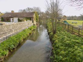 The Granary, Burton Bradstock - Dorset - 1069147 - thumbnail photo 26