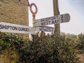 The Granary, Burton Bradstock - Dorset - 1069147 - thumbnail photo 28