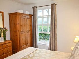 Crown Cottage - South Wales - 1069255 - thumbnail photo 6