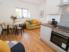 Apartment 4 - North Wales - 1069398 - thumbnail photo 10