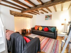 Otter Cottage - Mid Wales - 1069518 - thumbnail photo 4
