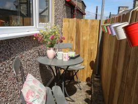 4 Rock Terrace - North Wales - 1069837 - thumbnail photo 3