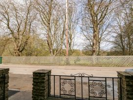 83 Crowtree Lane - Lincolnshire - 1069870 - thumbnail photo 3