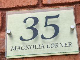 Magnolia Corner - Peak District - 1070186 - thumbnail photo 4