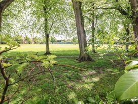 Magnolia Corner - Peak District - 1070186 - thumbnail photo 29
