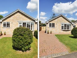 17 Costa Way - North Yorkshire (incl. Whitby) - 1070204 - thumbnail photo 1