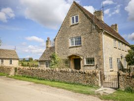 Stable Cottage - Cotswolds - 1070225 - thumbnail photo 1
