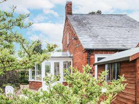 Blossom's Cottage - Shropshire - 1070327 - thumbnail photo 1