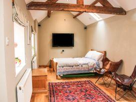 Blossom's Cottage - Shropshire - 1070327 - thumbnail photo 12