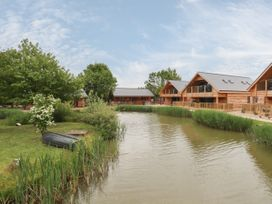Butterfly Lodge - Lincolnshire - 1070385 - thumbnail photo 22