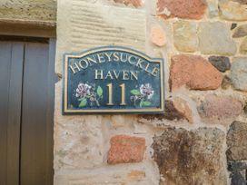 Honeysuckle - Northumberland - 1070417 - thumbnail photo 2