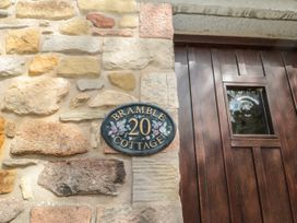 Bramble Cottage - Northumberland - 1070423 - thumbnail photo 2