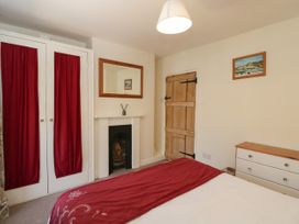 Page-turner's Cottage - Mid Wales - 1070550 - thumbnail photo 9