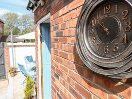 Nutwood Cottage - Peak District - 1070583 - thumbnail photo 19