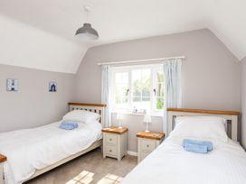Dinam Lodge - Anglesey - 1070869 - thumbnail photo 15
