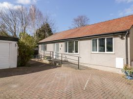 Beachmount Holiday Bungalow - North Wales - 1070893 - thumbnail photo 1