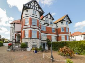 Garden Apartment No1 - North Wales - 1070895 - thumbnail photo 1