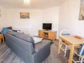 Garden Apartment No1 - North Wales - 1070895 - thumbnail photo 2