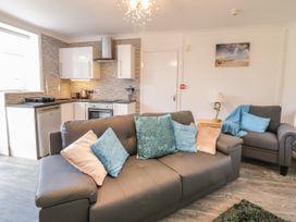 Garden Apartment No1 - North Wales - 1070895 - thumbnail photo 3