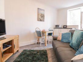 Garden Apartment No1 - North Wales - 1070895 - thumbnail photo 5