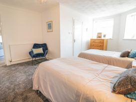 Garden Apartment No1 - North Wales - 1070895 - thumbnail photo 10