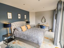 The Pool House - Cotswolds - 1070901 - thumbnail photo 11