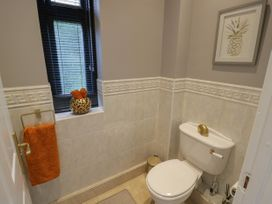 The Pool House - Cotswolds - 1070901 - thumbnail photo 23