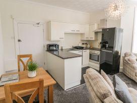 Apartment No6 - North Wales - 1070912 - thumbnail photo 7