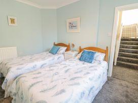 Apartment No6 - North Wales - 1070912 - thumbnail photo 9