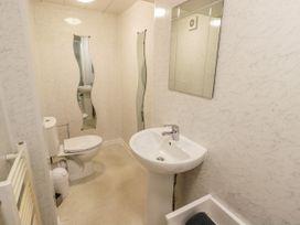 Apartment No6 - North Wales - 1070912 - thumbnail photo 11