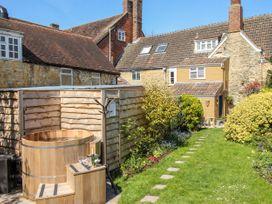 Eastbury Cottage - Dorset - 1070970 - thumbnail photo 23