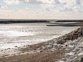 5 Sea Way - Kent & Sussex - 1071182 - thumbnail photo 34