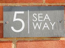 5 Sea Way - Kent & Sussex - 1071182 - thumbnail photo 3
