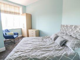 Apartment No5 - North Wales - 1071329 - thumbnail photo 12