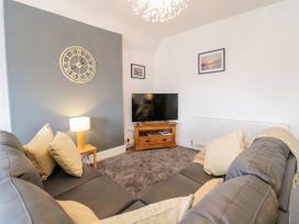 Apartment No5 - North Wales - 1071329 - thumbnail photo 9
