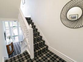 Apartment No4 - North Wales - 1071330 - thumbnail photo 5
